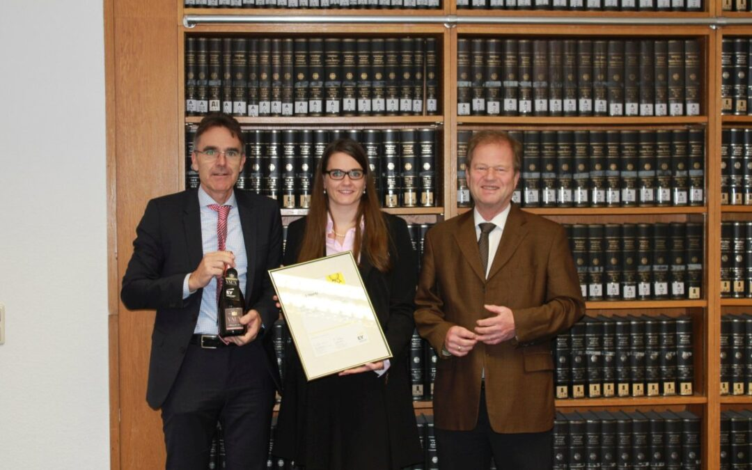 Master Thesis Honored with EY Award: Congratulations Ms. Hertl!